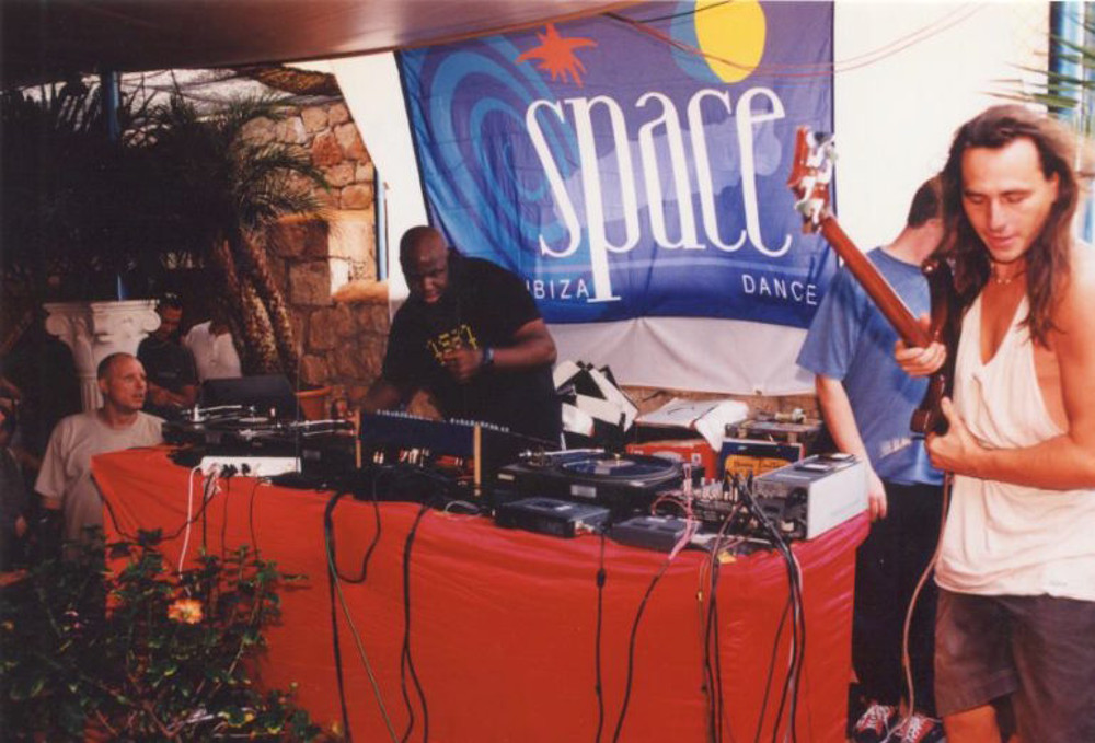Ibiza carl cox space 90s