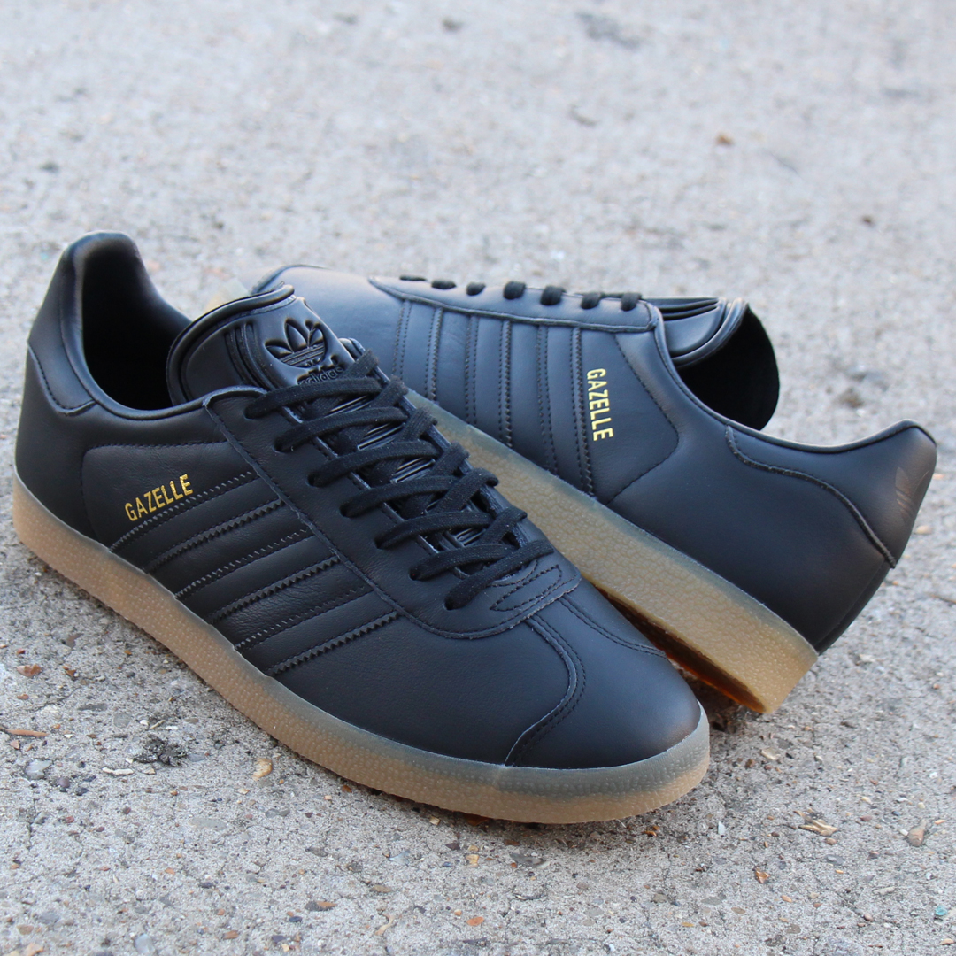 all black adidas trainers Gazelle