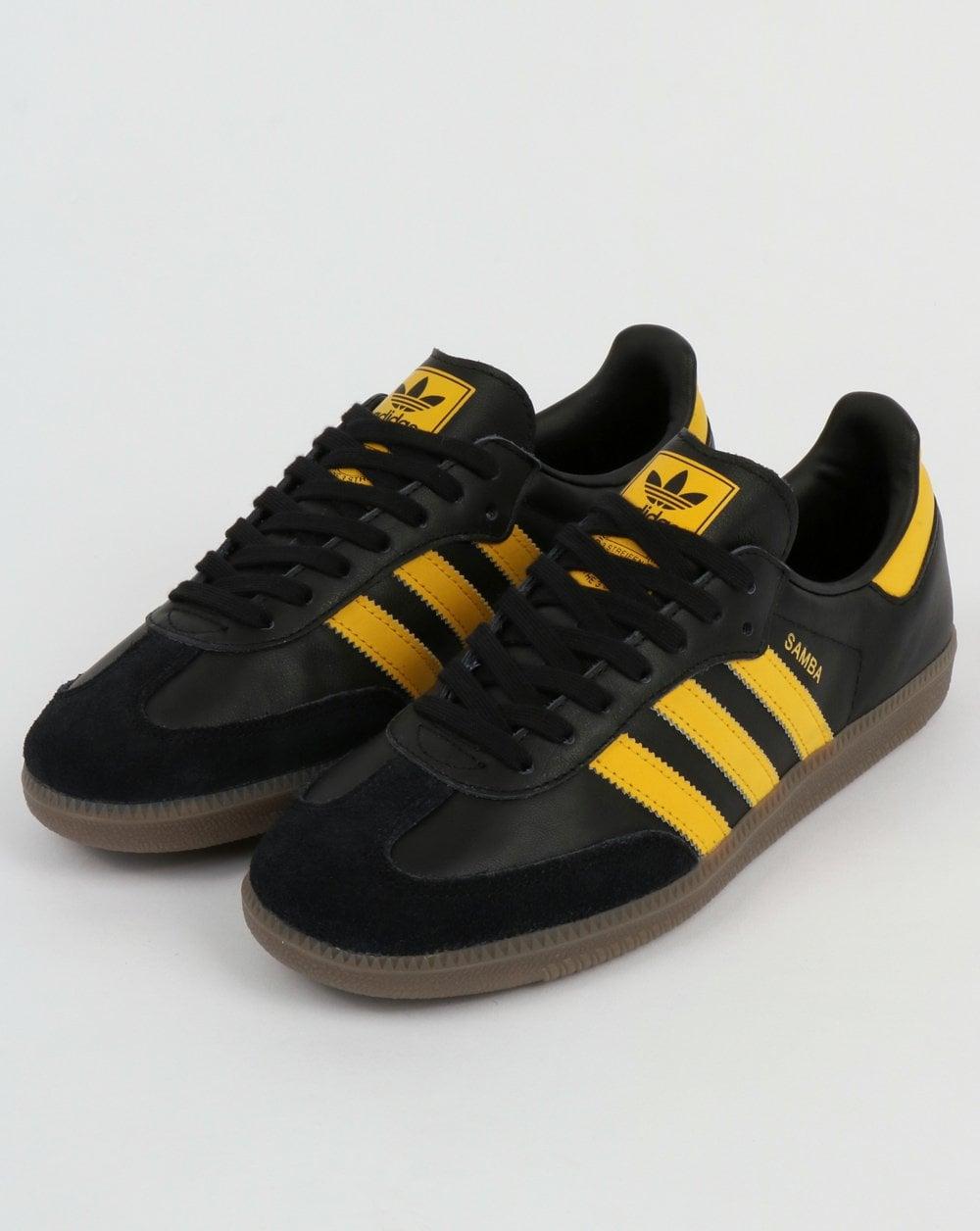 Classic 3 stripes adidas Samba OG