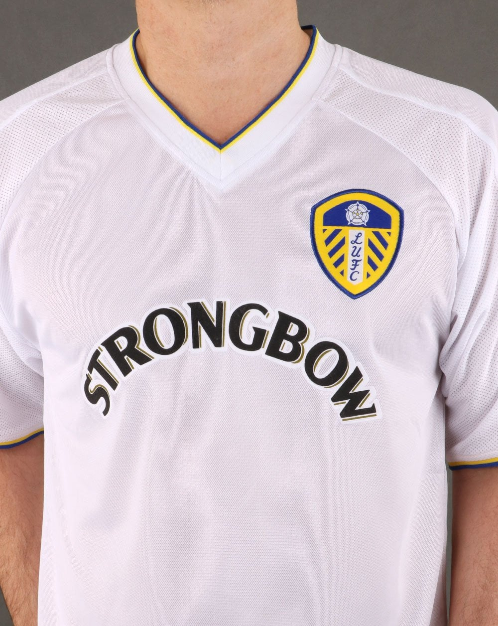 b2380af5 Leeds United 2001 Football Shirt | 80s casual classics