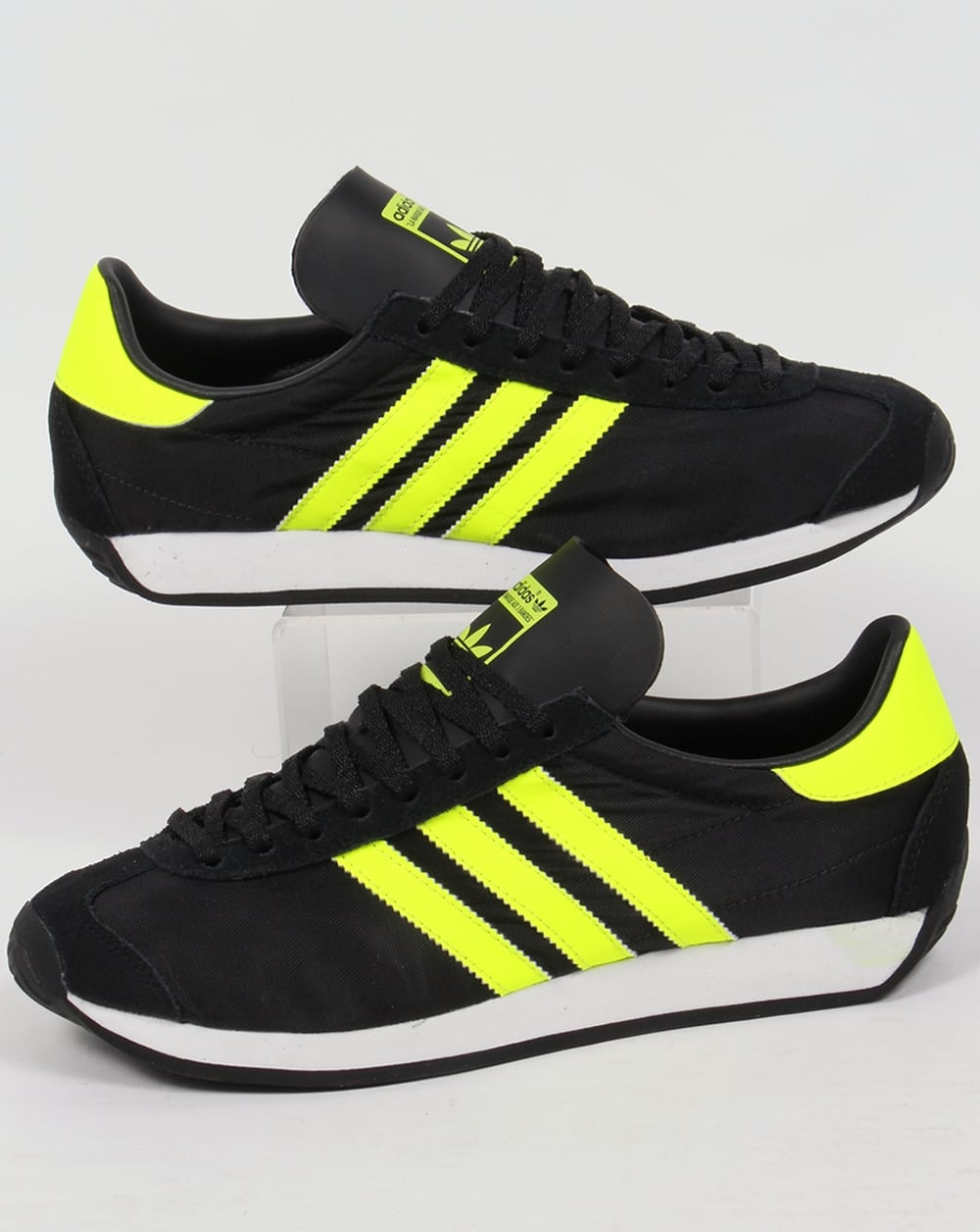 timeless design 0dbc0 7a42a adidas Trainers Adidas Country OG Trainers Black Solar Yellow