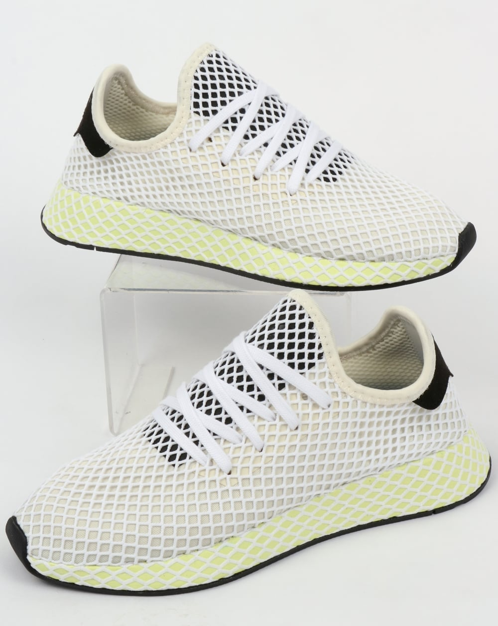 adidas Deerupt Runner Trainers In White And Yellow Outlet Shop Buy Cheap Websites Buy Cheap Good Selling g9jyX1uu