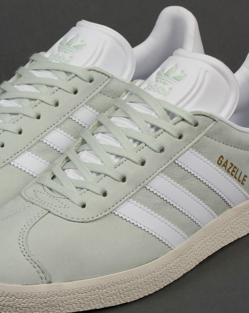 Adidas Gazelle Letaher Trainers Linen Green White b52d9a8c1