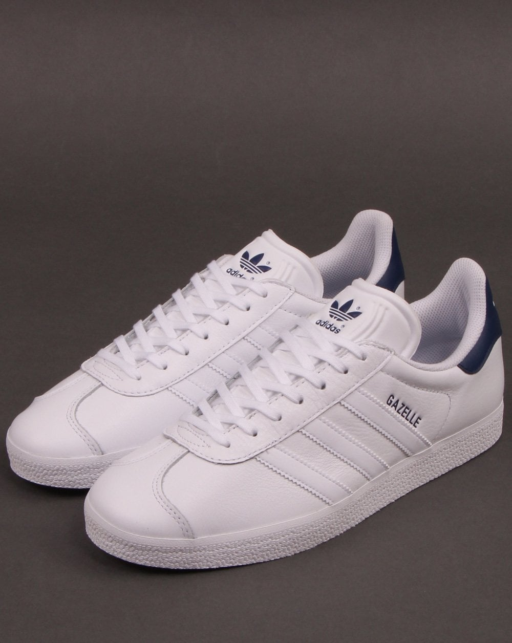 Noble unidad Colector  Adidas Gazelle Trainers White/White/Blue - Adidas At 80s Casual Classics