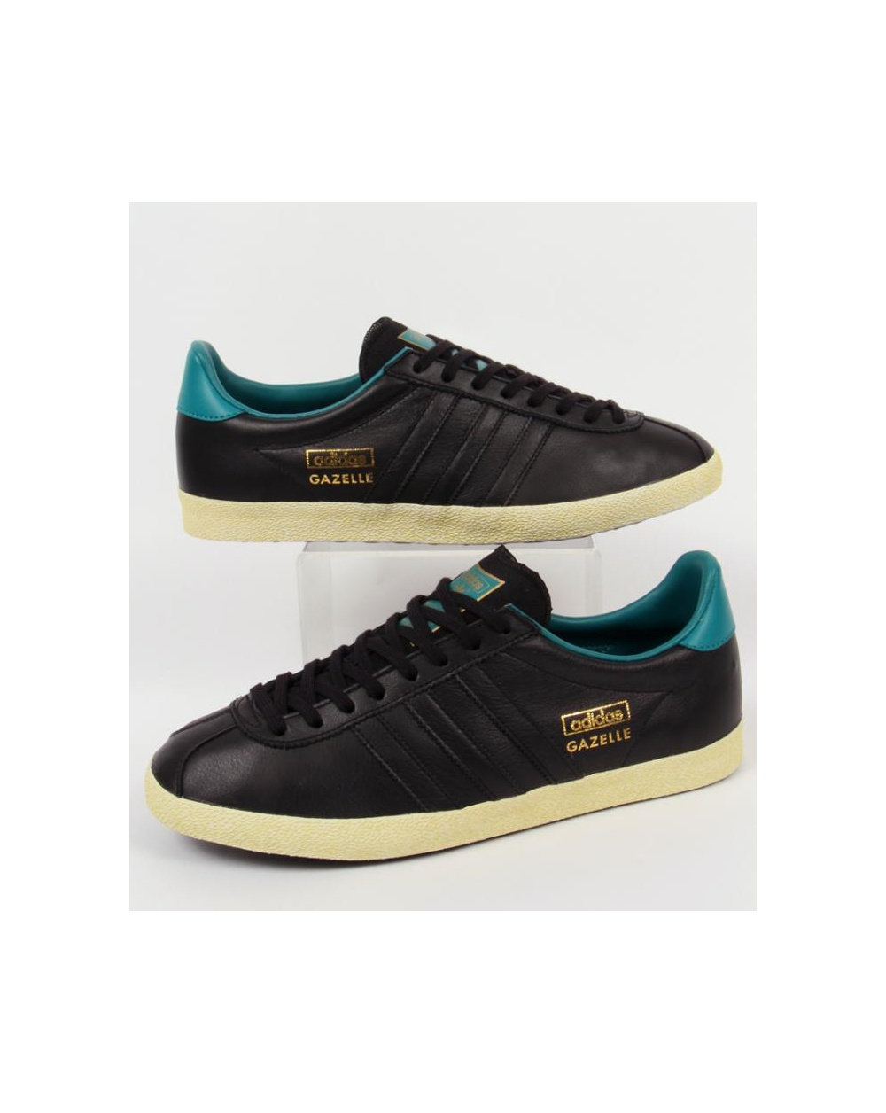 all black adidas gazelle og