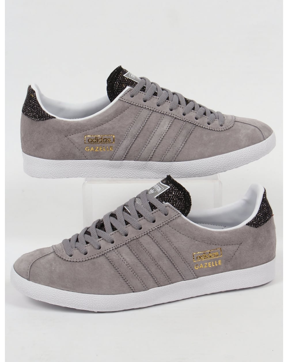adidas originals gazelle trainers in dark grey