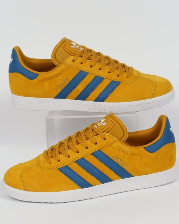 adidas original yellow stripe trainers