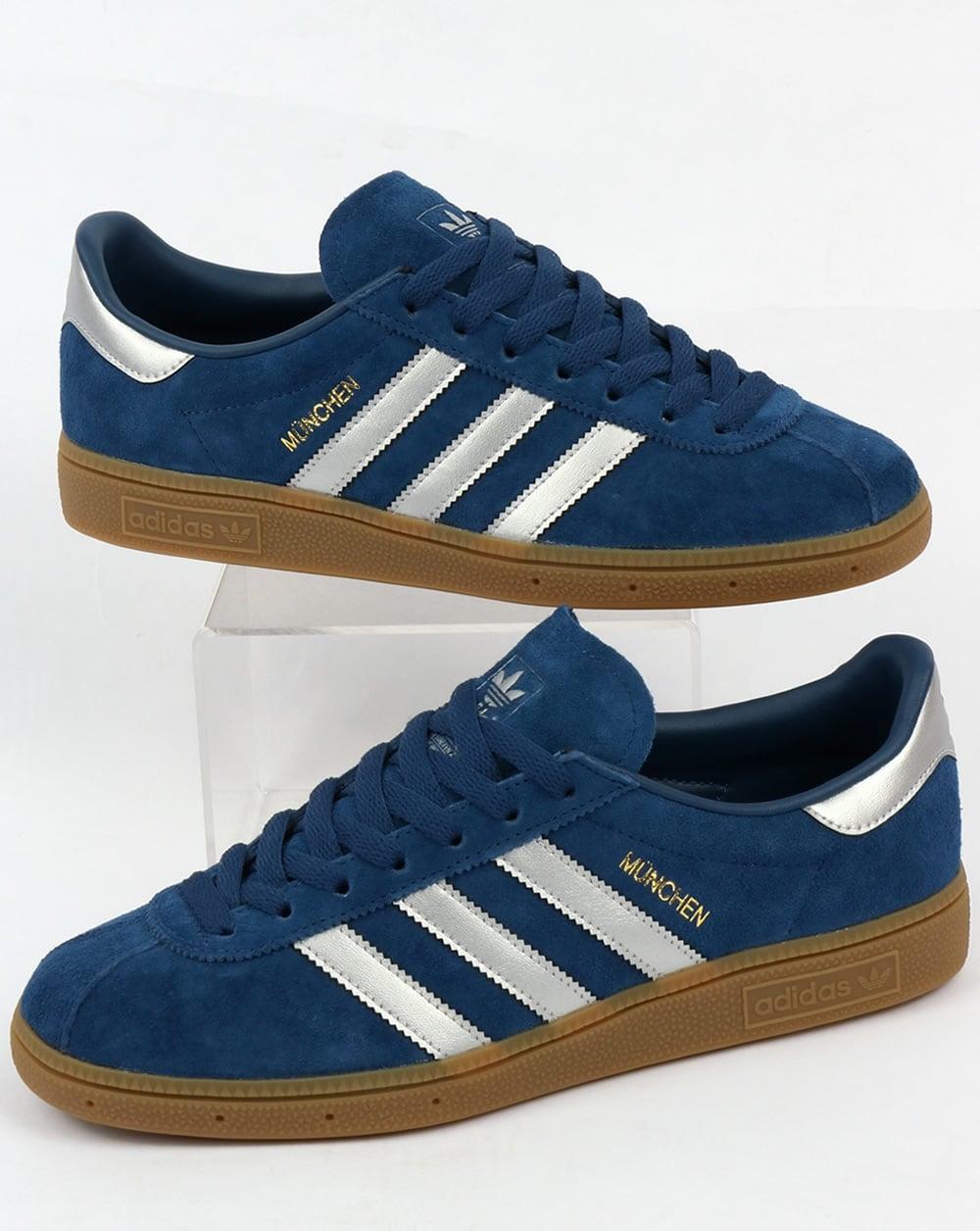 módulo Alexander Graham Bell Preocupado  Adidas Munchen Trainers Mystery Blue/Silver,originals,shoes,mens,sneakers