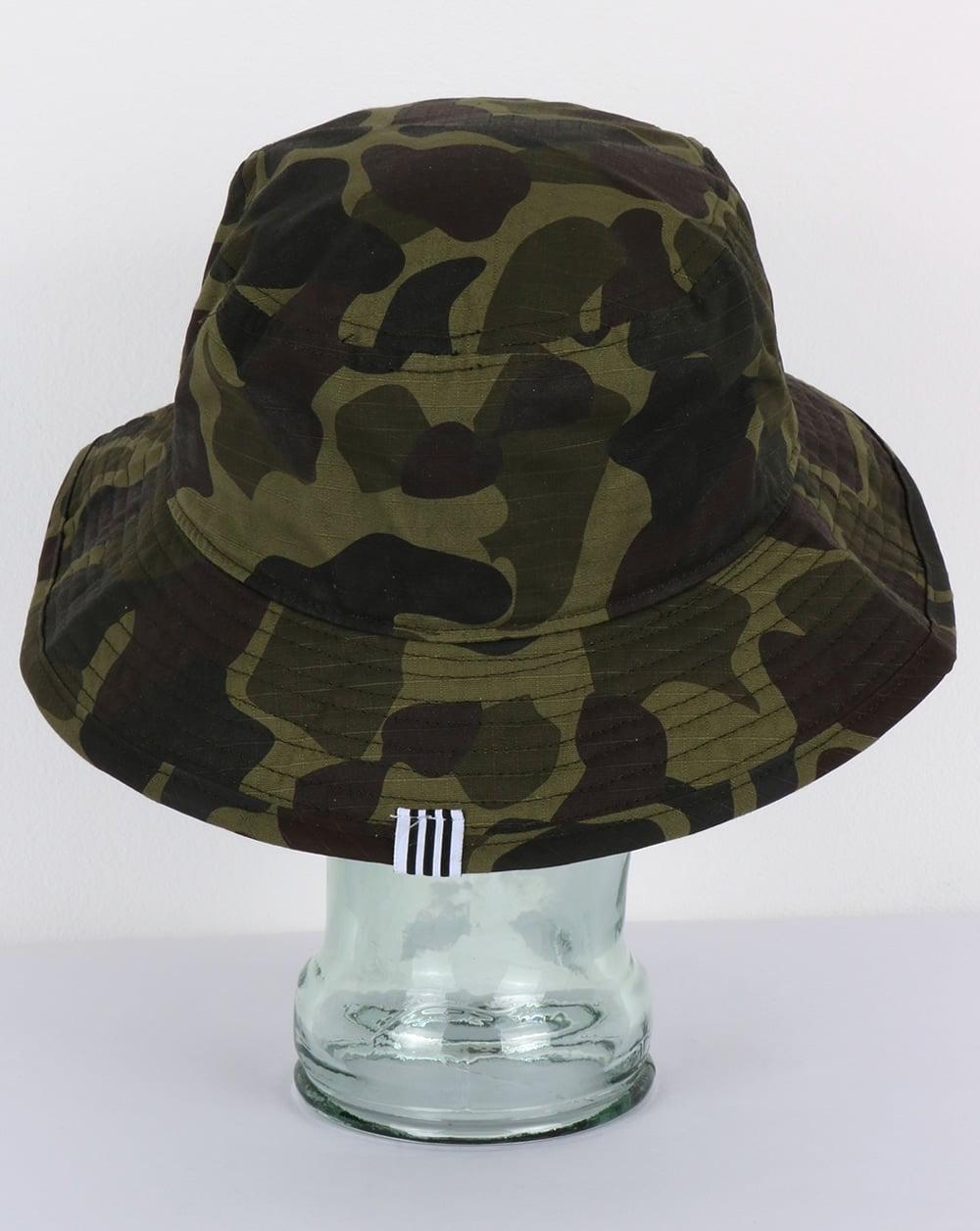 aafff3ca Adidas Originals Bucket Hat Camo,reni,80s,stone roses,festival