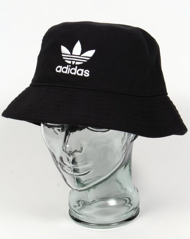 Adidas Originals Bucket Hat With Trefoil Black/White