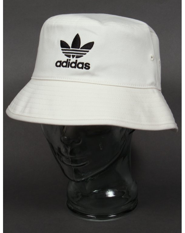 Adidas Originals Bucket Hat With Trefoil White/black
