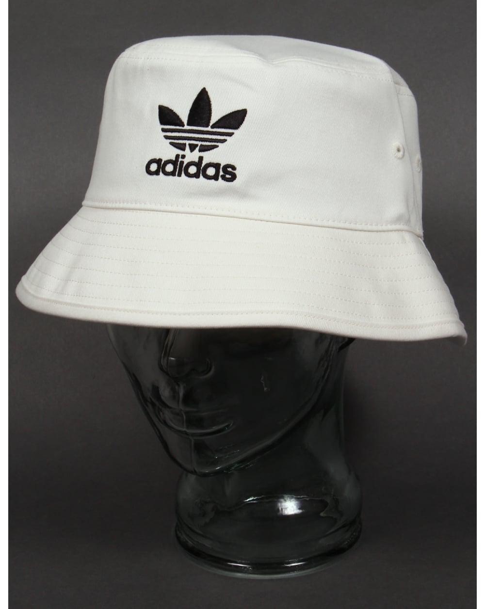 Adidas Originals Bucket Hat With Trefoil White Black
