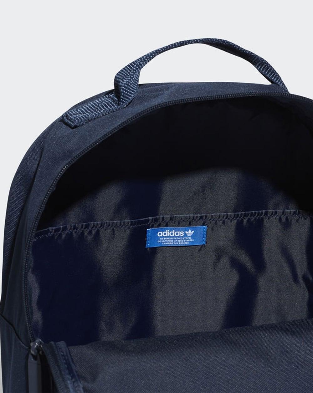 buy online 18137 324f2 Adidas Originals Classic Trefoil Backpack Navy