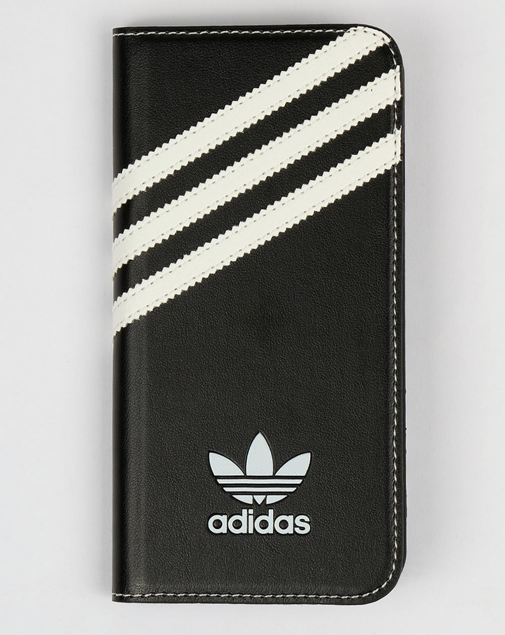 hot sales bdd2e e091d Adidas Originals iPhone 6 Booklet Case Black/White