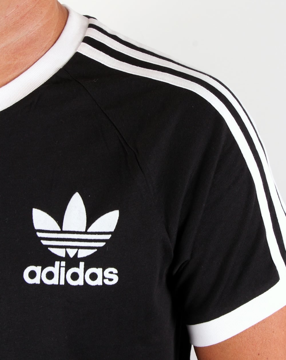 Adidas t shirt black white - Adidas T Shirt Black White 37