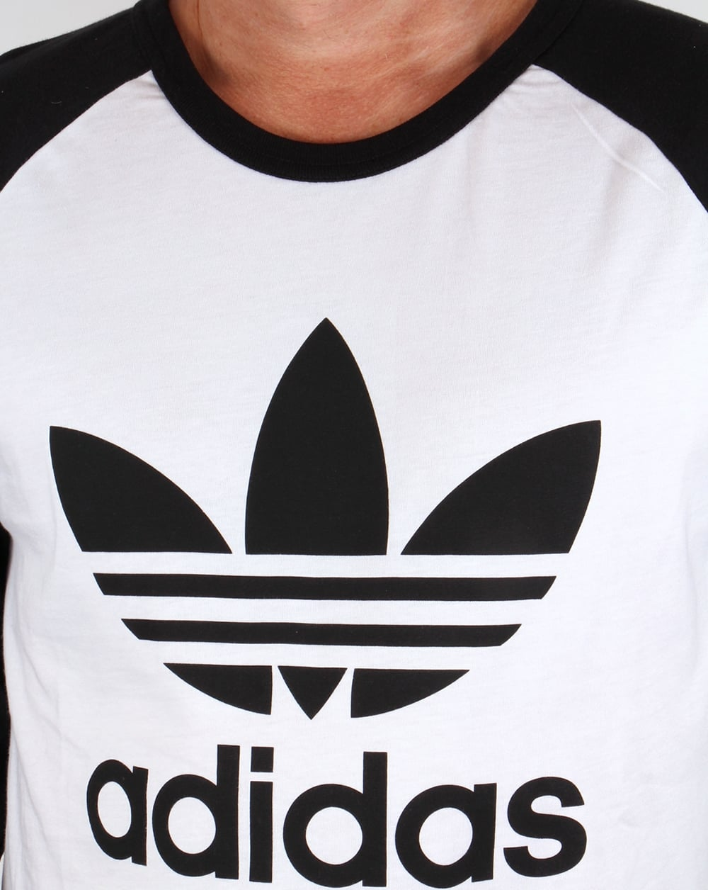 Adidas originals trefoil long sleeve raglan t shirt white for Adidas long sleeve t shirt with trefoil logo