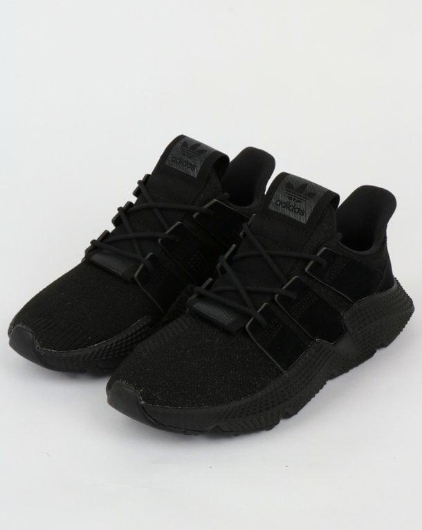 Adidas prophere formatori triple nero, moderna, tecnologia, scarpe, unico