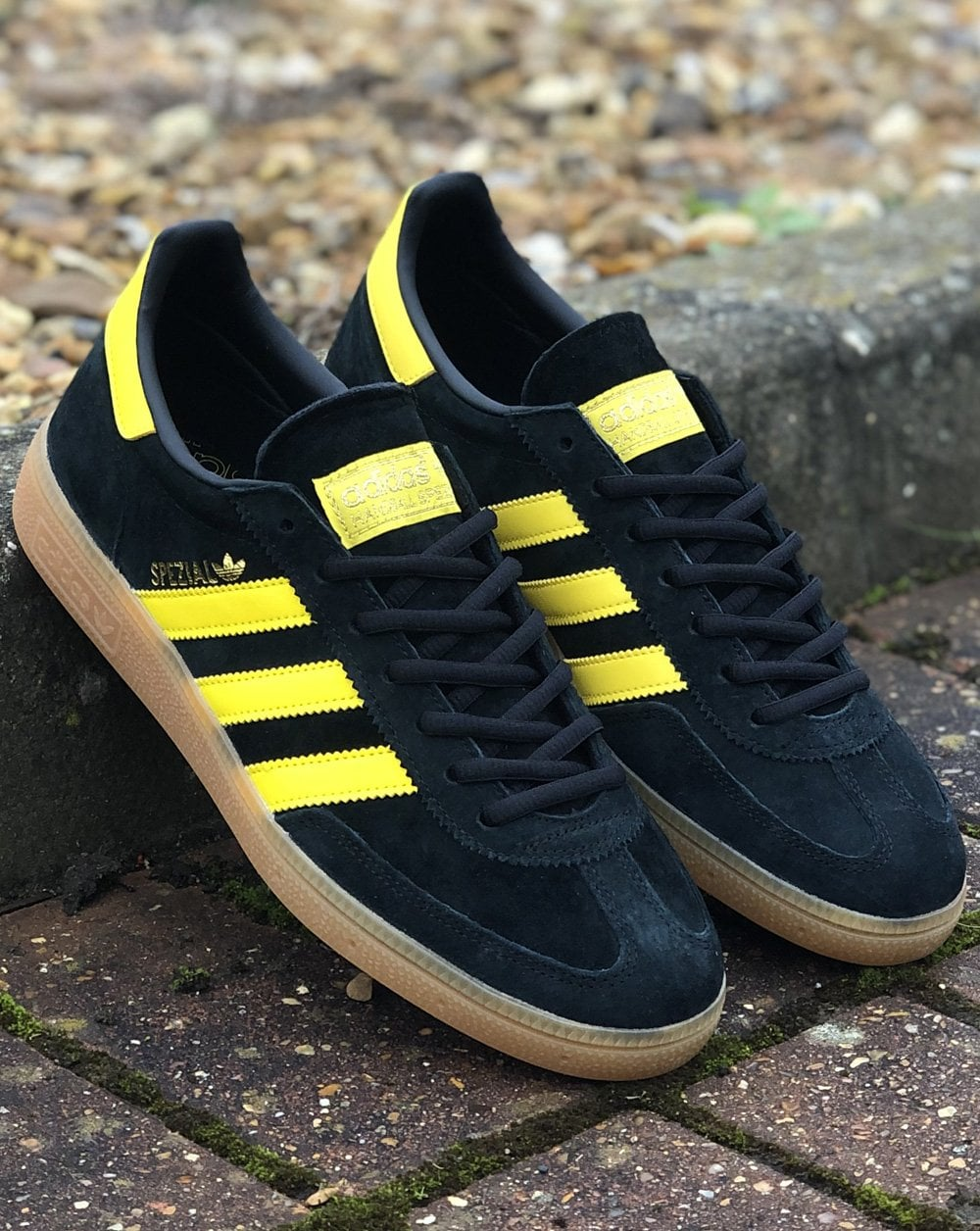 Adidas Spezial Trainers in Oslo Black/yellow