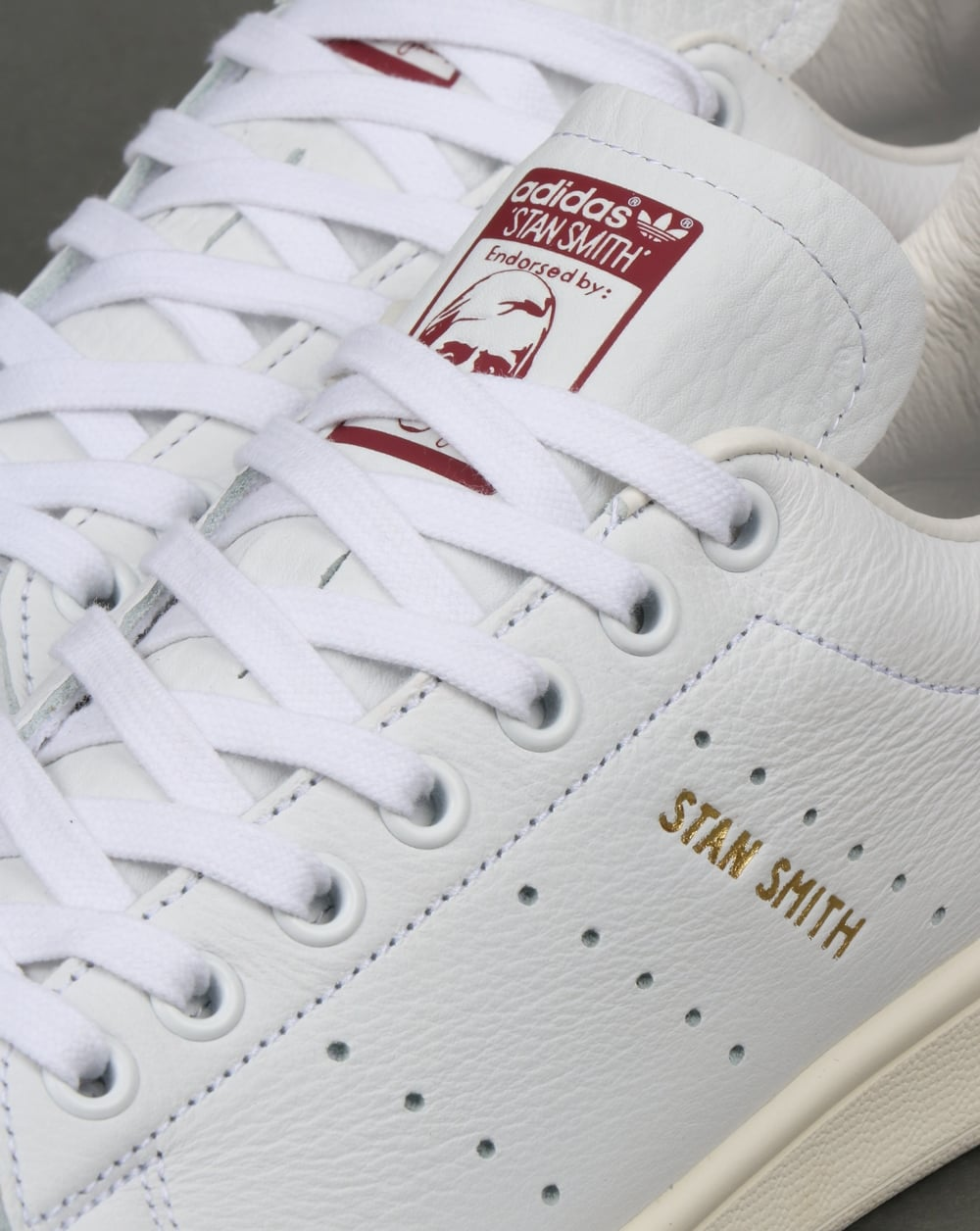 code promo 1461c 1da8e Adidas Stan Smith Trainers White/Burgundy
