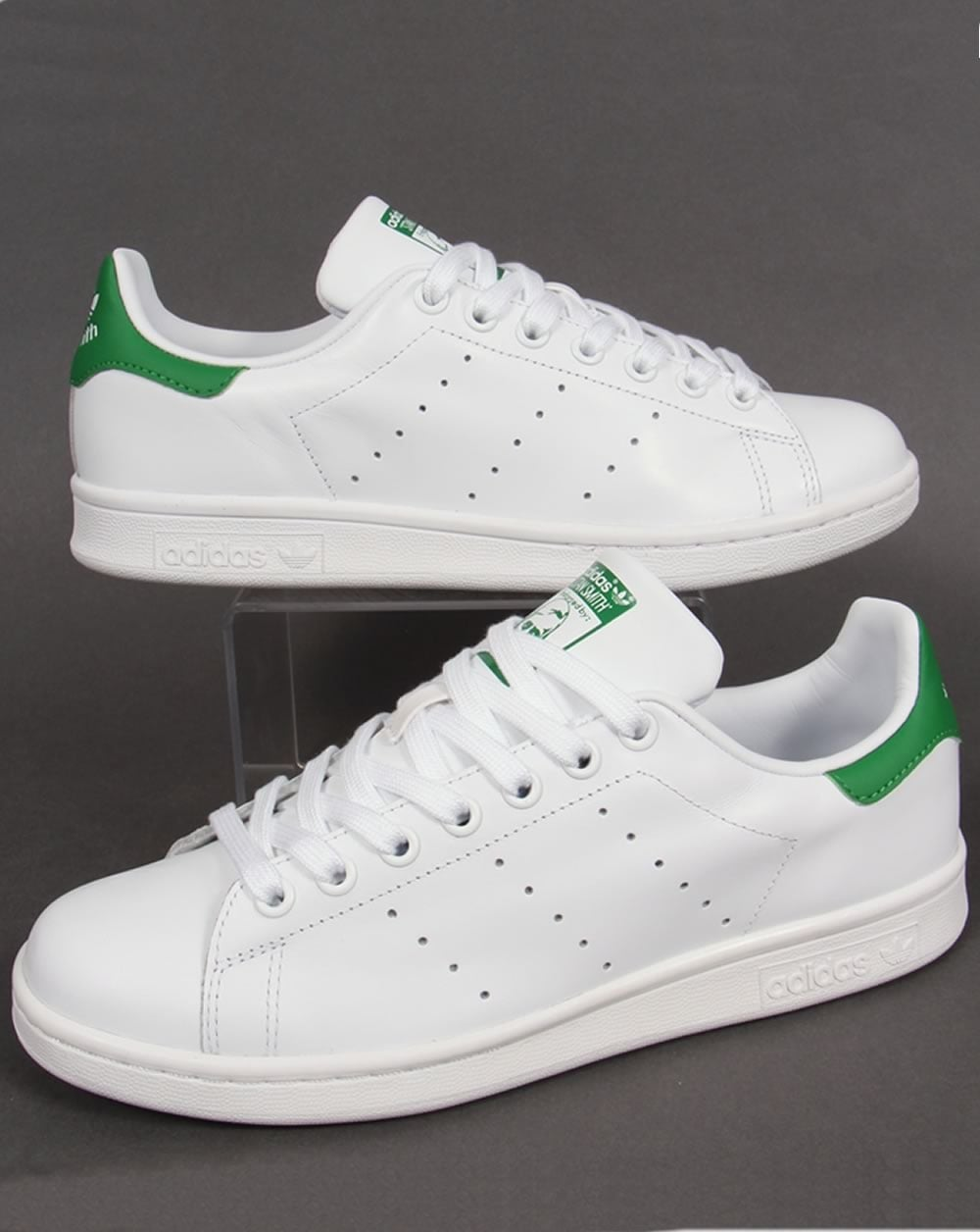 pretty nice 6e427 7e043 Adidas Stan Smith Trainers White/Green