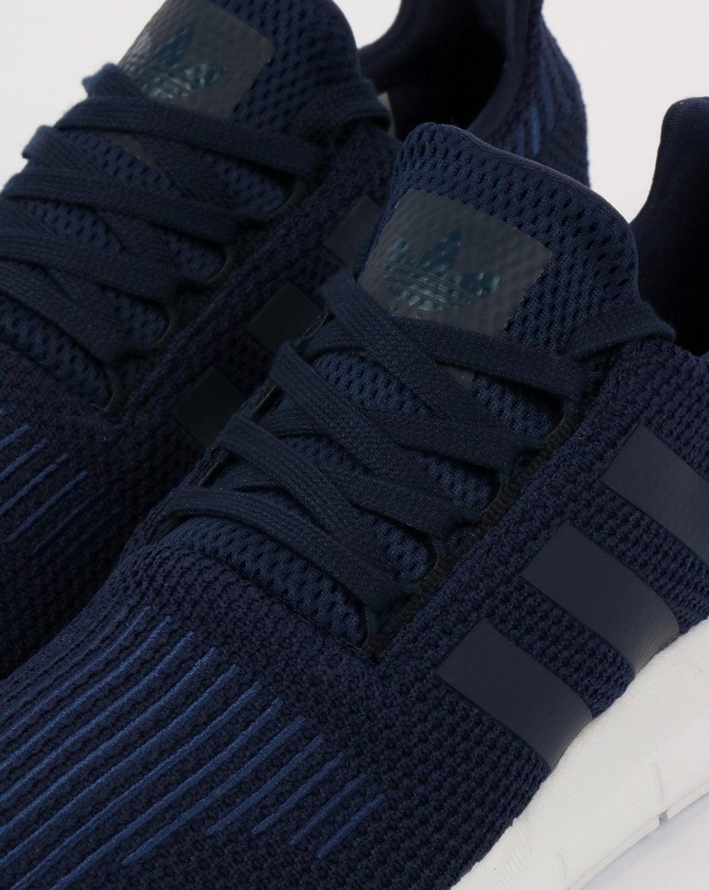 Adidas Swift Run Trainers Navy/White