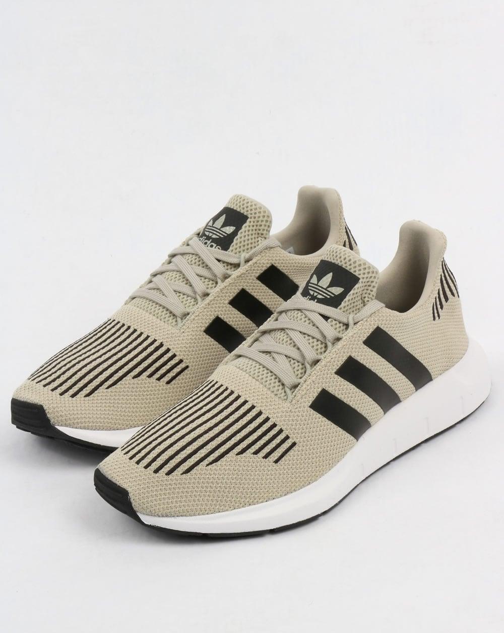 Adidas Swift Run Trainers Sesame/Black