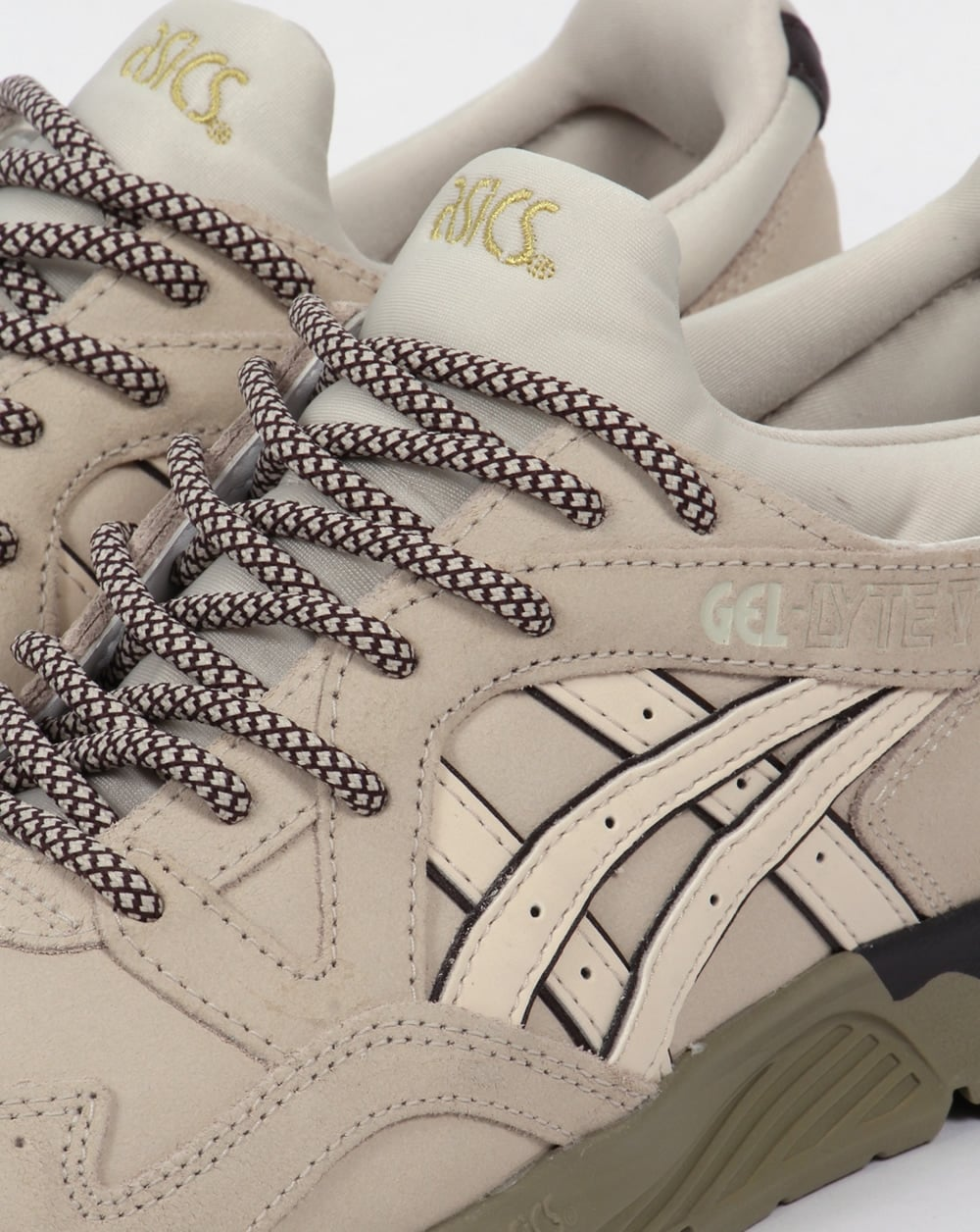 asics gel-lyte v suede trainers in beige