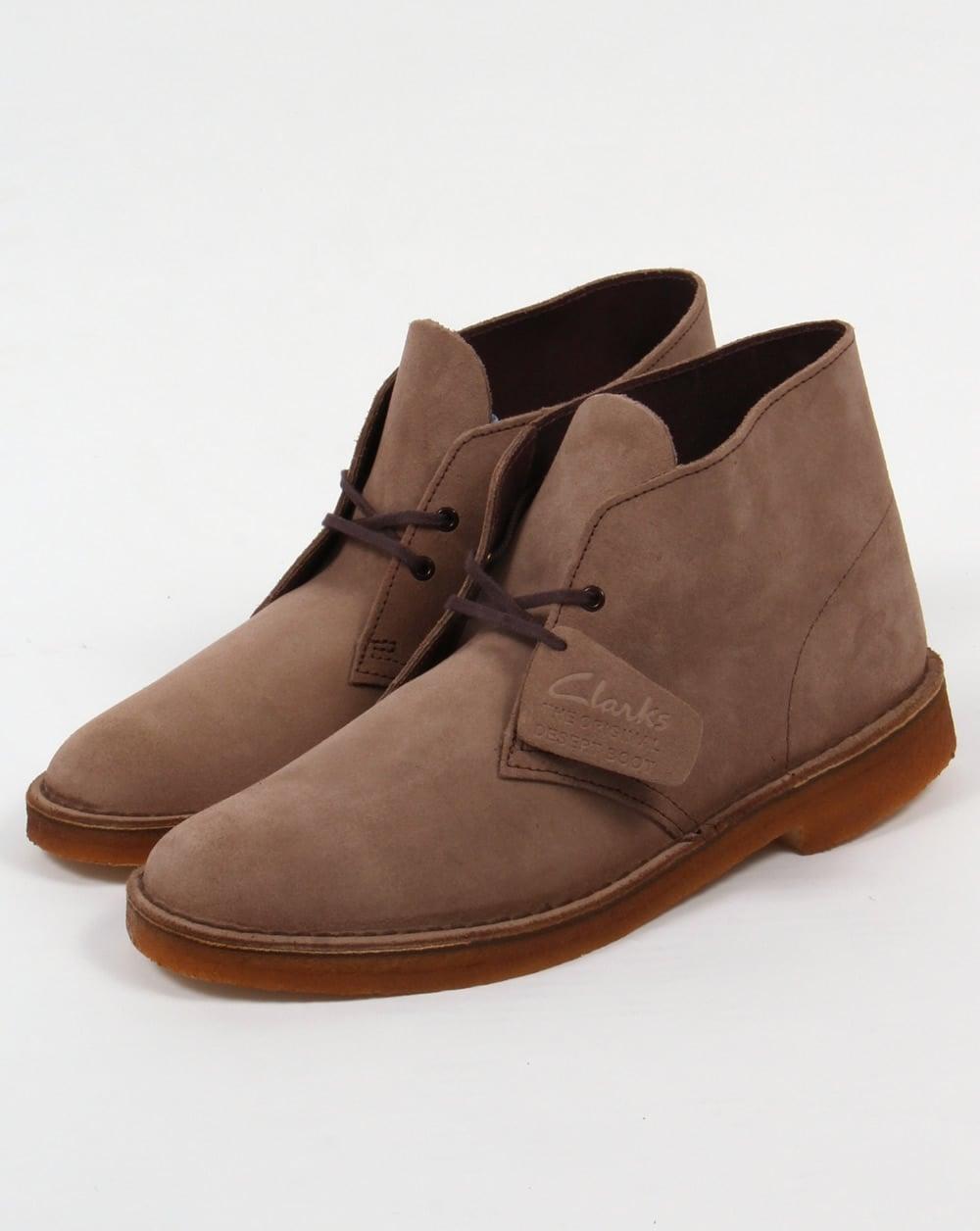 clarks originals desert boot in suede wolf grey shoes mens