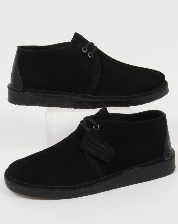 Clarks Originals Desert Trek Shoes In Suede Black