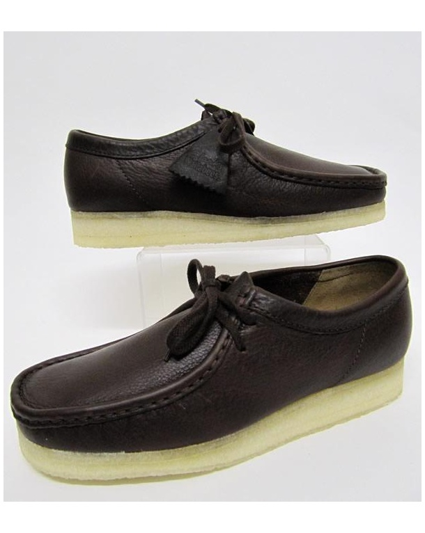 Clarks Originals Wallabee Shoe In Leather Brown