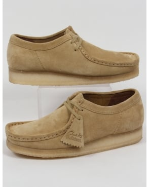 Clarks Originals Wallabee Shoes In Suede Maple