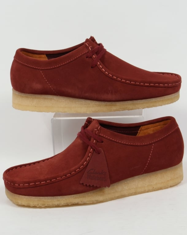 Clarks Originals Wallabee Shoes In Suede Terracotta
