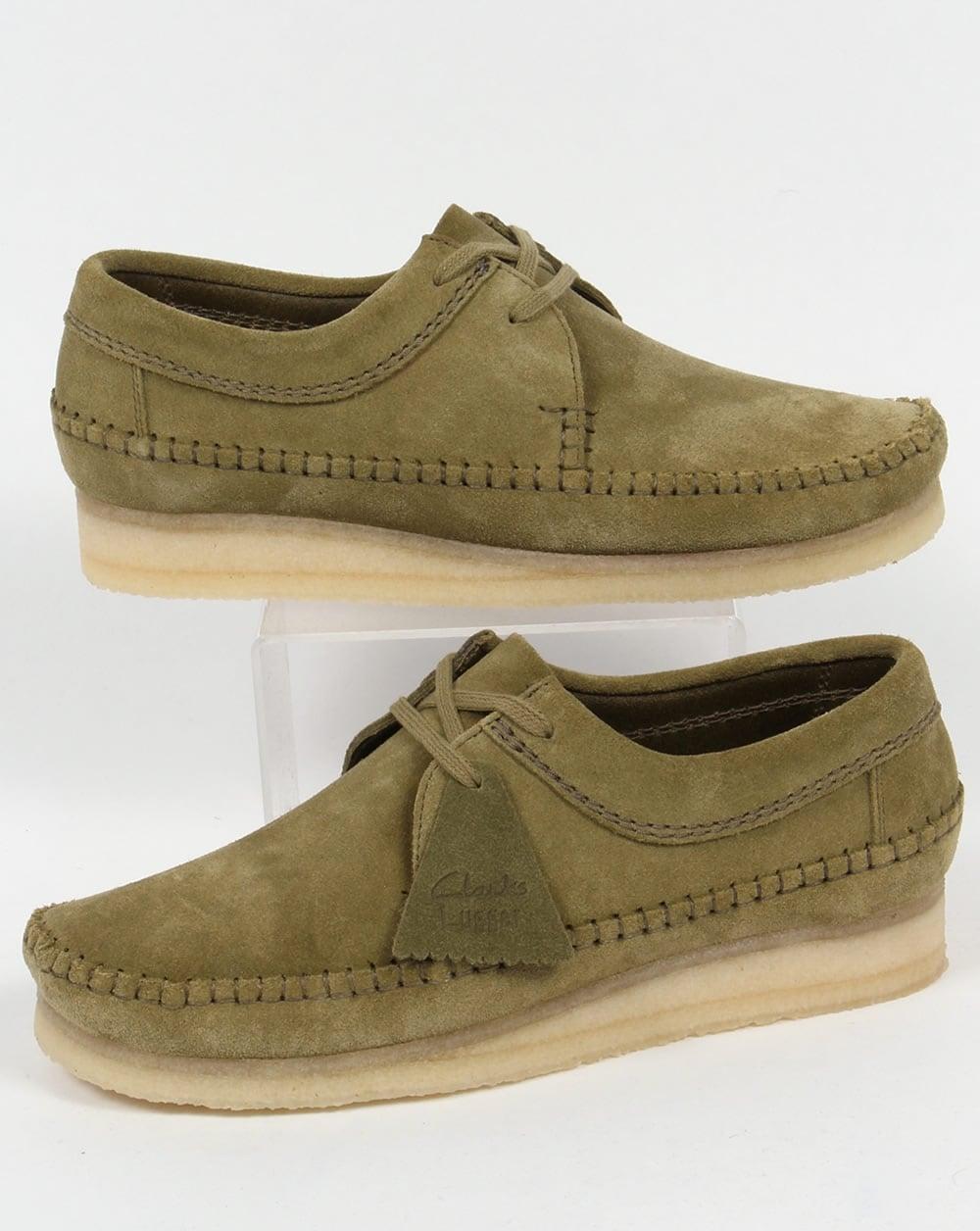 56cfcdc24ef03 Clarks Originals Clarks Originals Weaver Suede Shoes Forest Green