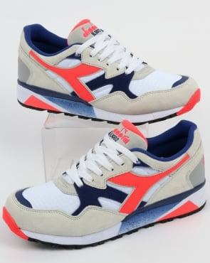 Diadora N9002 Trainers White
