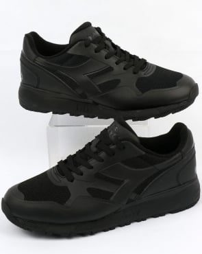 Diadora N902 MM Trainers Triple Black
