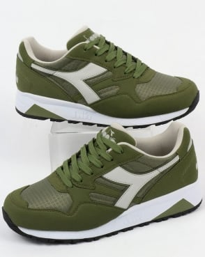 Diadora N902 Trainers Green Olive