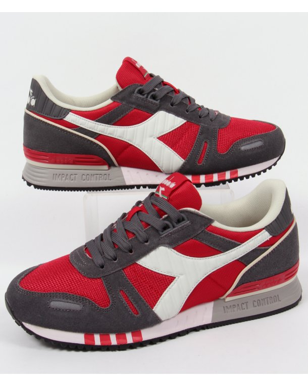 Diadora Titan II Trainers Roccoco Red/pewter