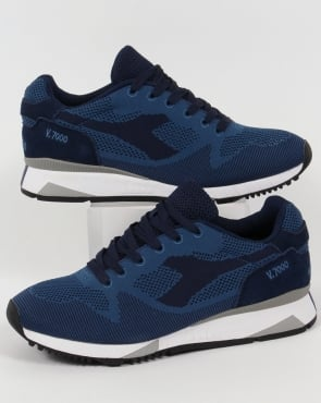 Diadora V7000 Weave Trainers Saltire Navy