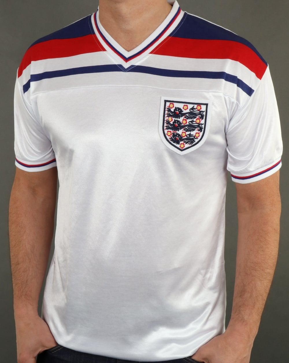 1d76e1ce3ffc 80s Casual Classics England 1982 Retro Football Shirt White