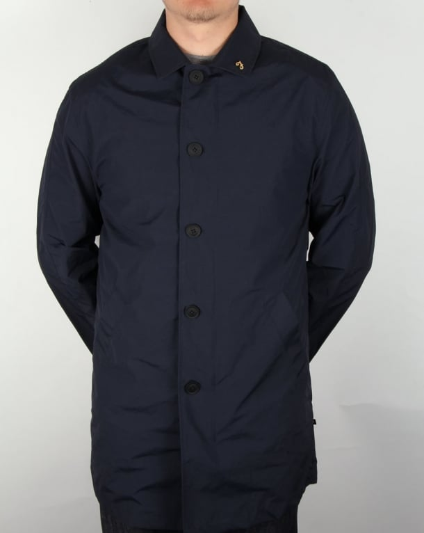 Farah Wexford Mac True Navy