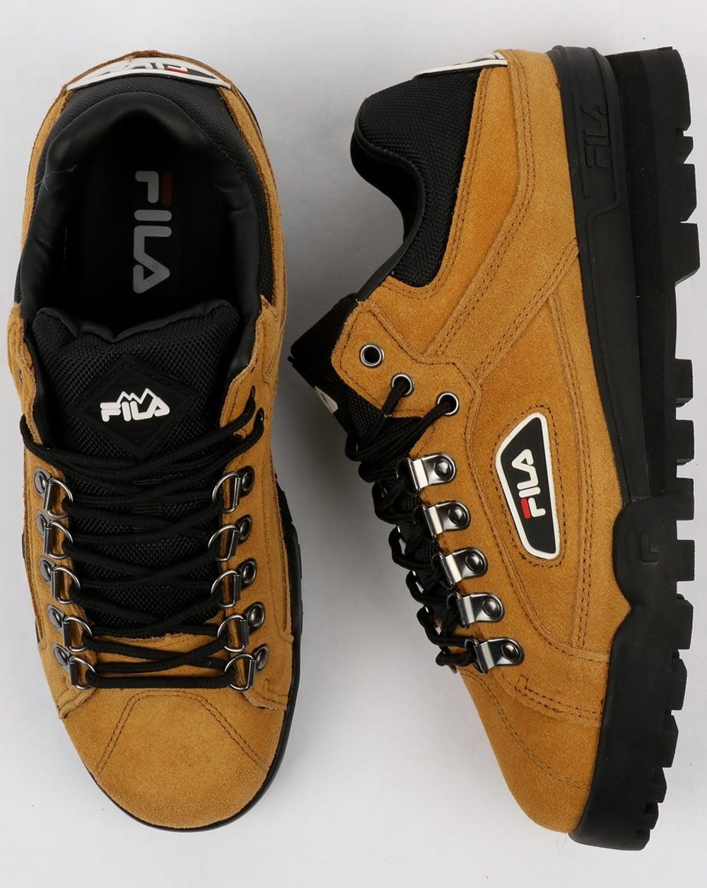 90f183b5b990 Fila Vintage Trailblazer Suede Boots Honey Mustard