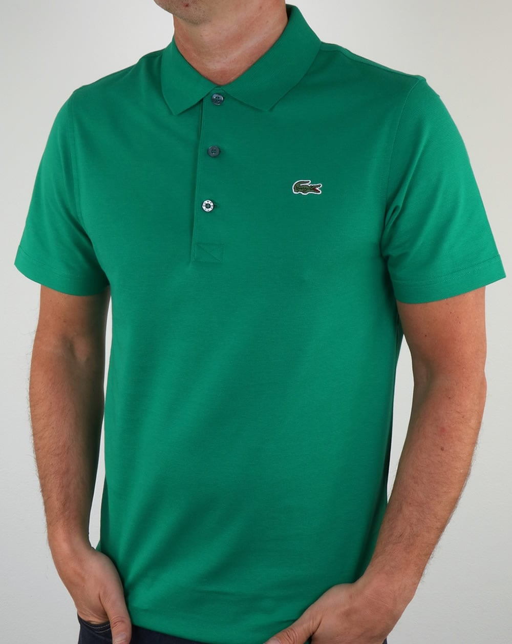 Lacoste polo shirt woodland green men 39 s top for Lacoste poloshirt weiay