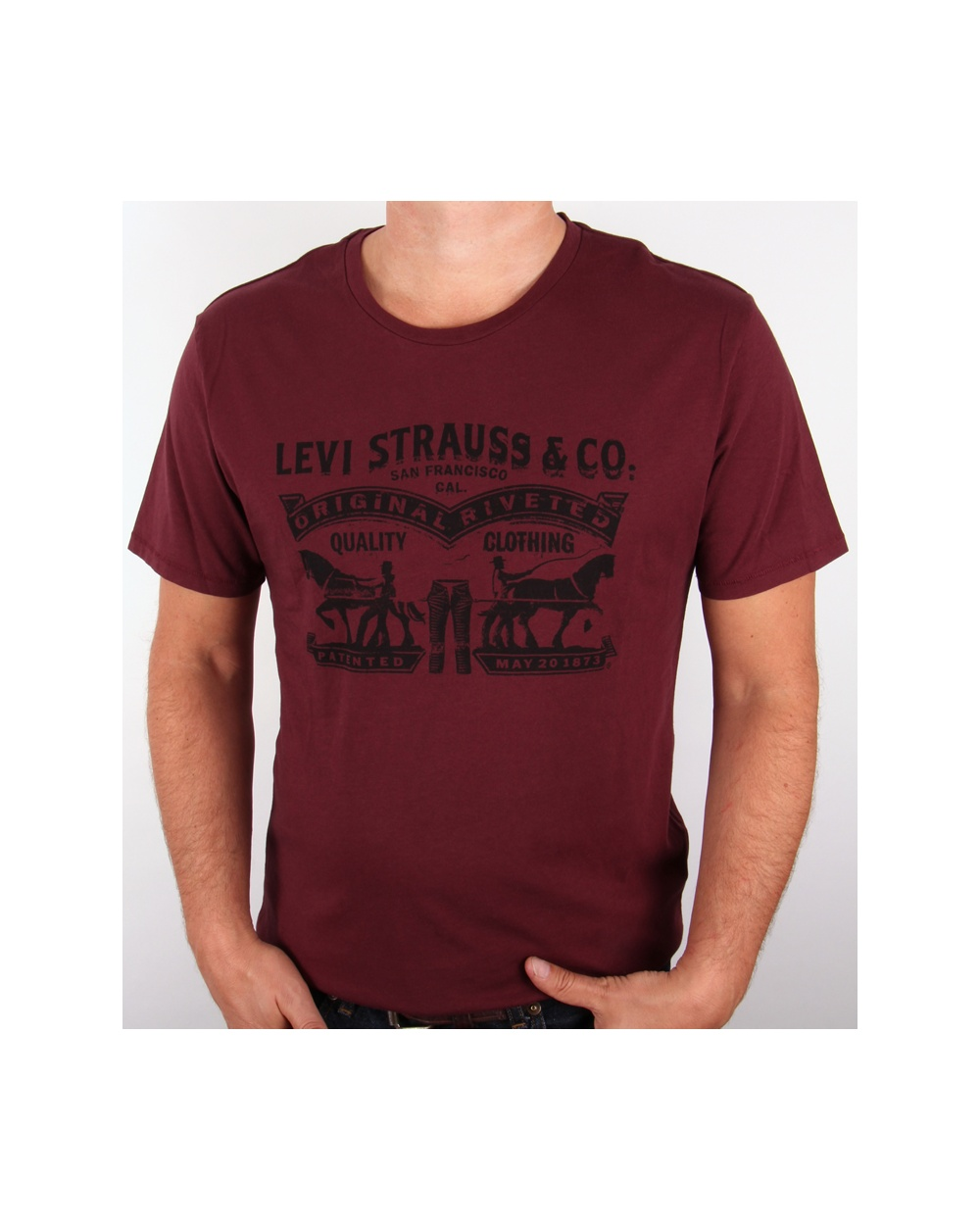 Levis strauss co logo t shirt burgundy tee mens for Levis t shirt sale