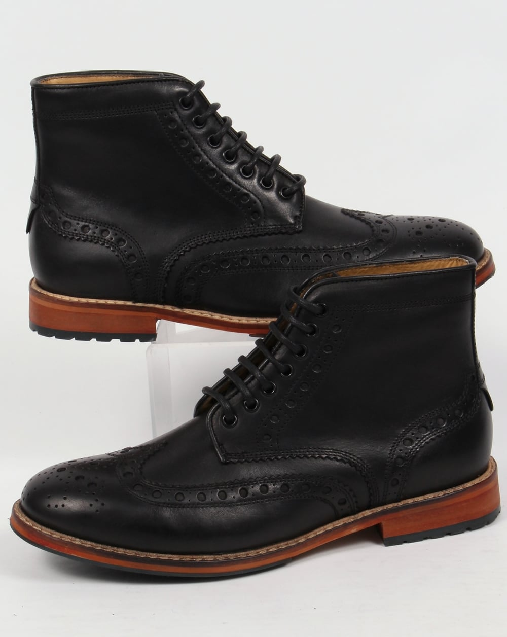 lyle and scott deveron brogue boots black leather premium mens. Black Bedroom Furniture Sets. Home Design Ideas