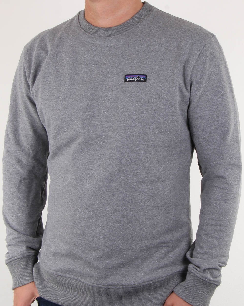 327a025879e Patagonia Patagonia P-6 Label Uprisal Crew Sweatshirt Gravel Heather Grey
