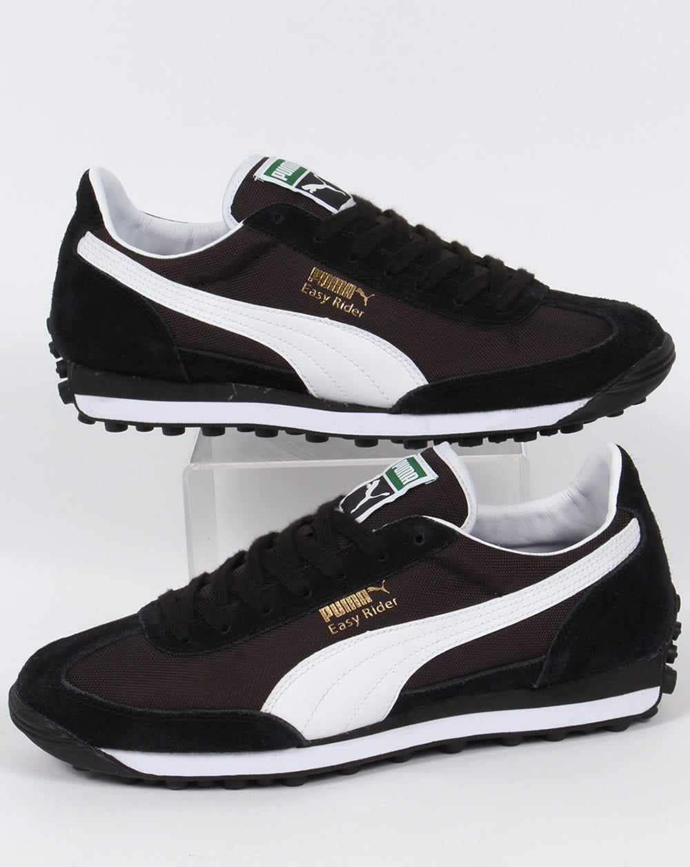 puma trainers black and white