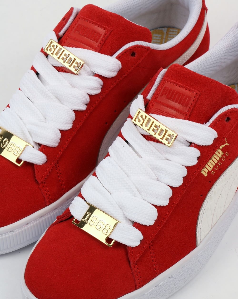 uk availability 8b215 8218d Puma Suede Classic Bboy Fabulous Trainers Red/white