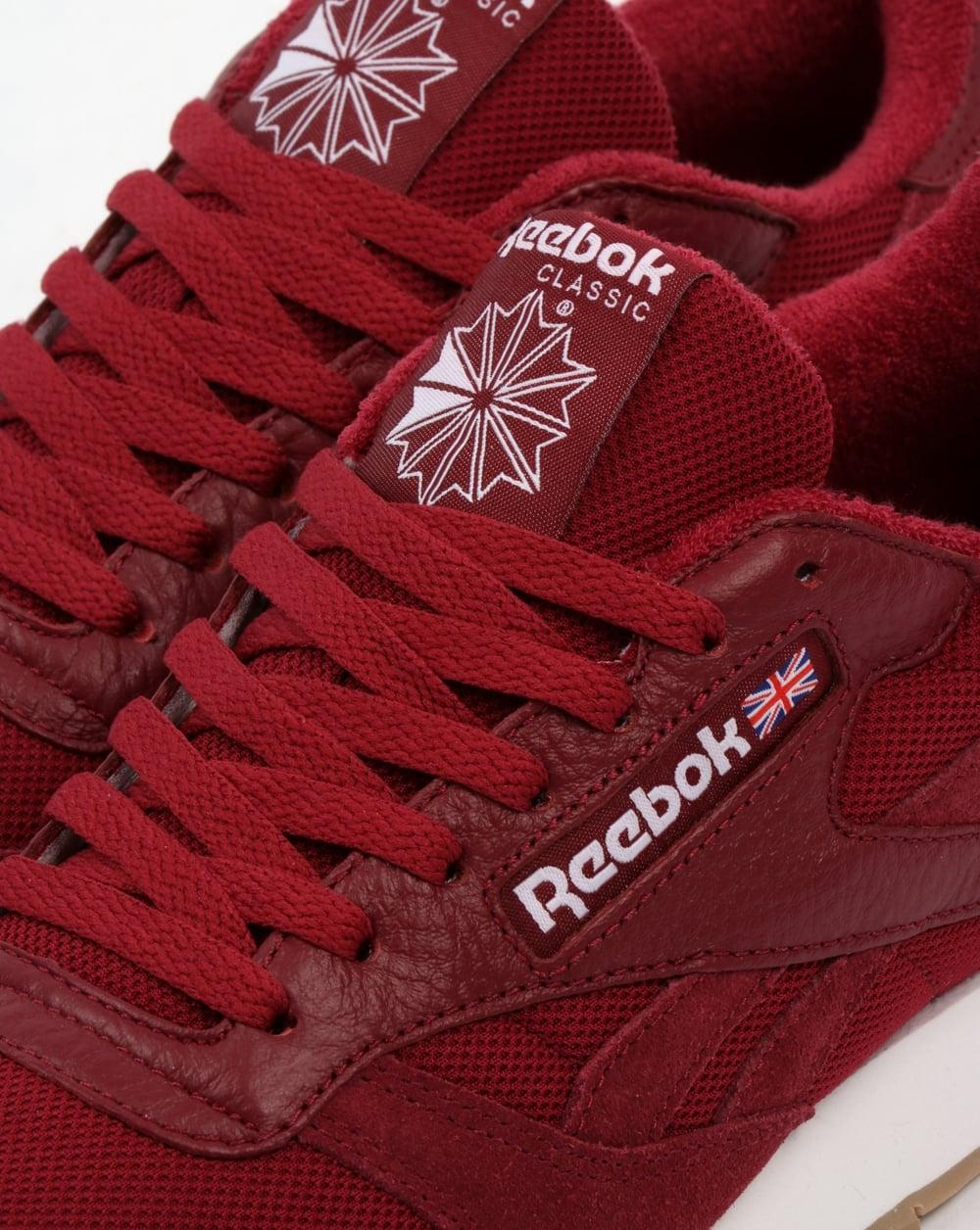 b4f5fbe96493 Reebok Classic Leather ESTL Trainers Urban Maroon White