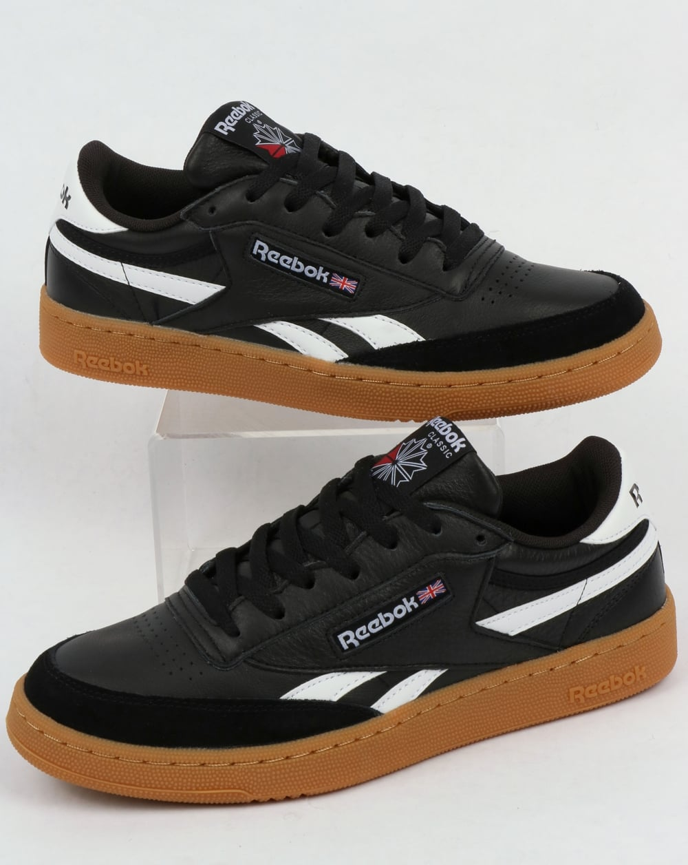 reebok classic revenge plus trainers in white and navy
