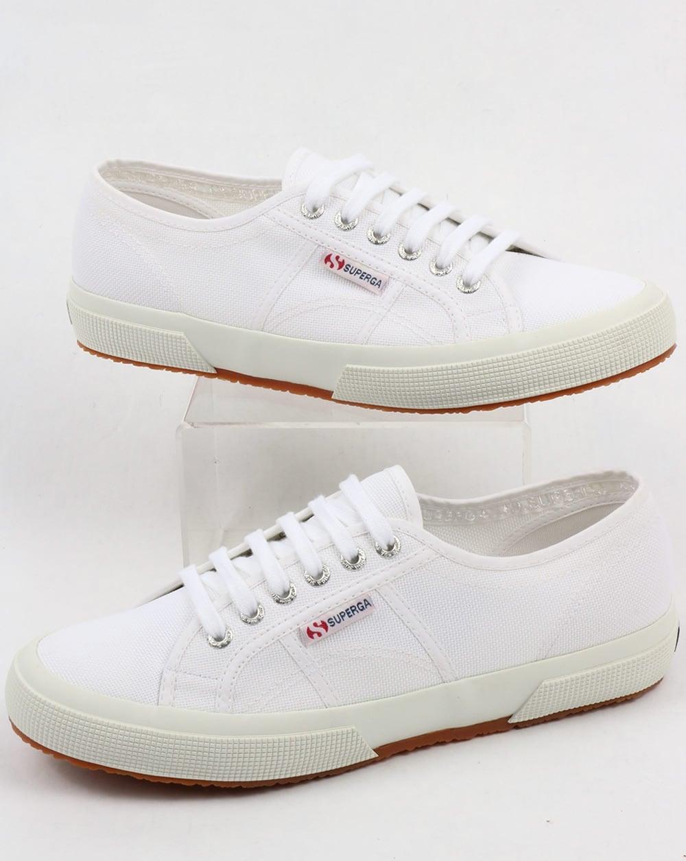 sports shoes 997ed 6b286 Superga 2750 Cotu Classic Pumps White